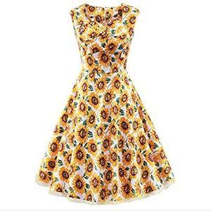 Dresses & Skirts - sunflower retro dress 🌻🌻